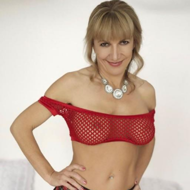 Hottest MILF-Escorts-2512-380x380