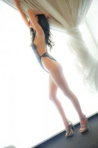Kim-Body Rubs-5c76e9956829d_postad_755242685