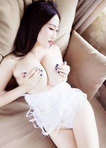 Lisa Happy-Escorts-5cf896b422ce0_postad_1365942605