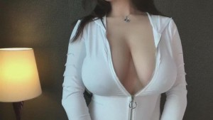 Amy-Escorts-5da35b1bbc2ab_postad_467660727