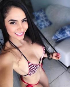 Hot Girl-Escorts-5de54e6c1da14_postad_343989662