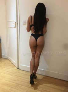 Vanessa-Escorts-8e54re9r7y9r