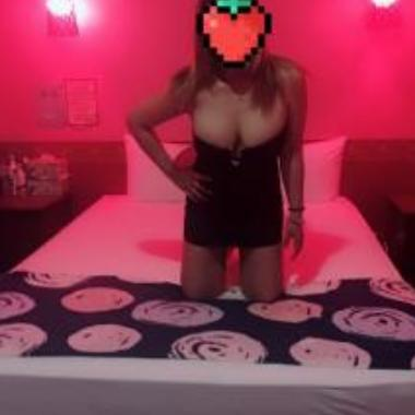 Angela1234-Escorts-vap_3971745217